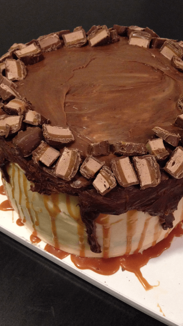 image of a chocolate and caramel milky way cake