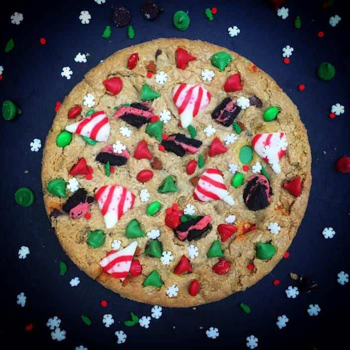 30 Plus Festive Christmas Cookie Recipes: Giant Christmas Cookies
