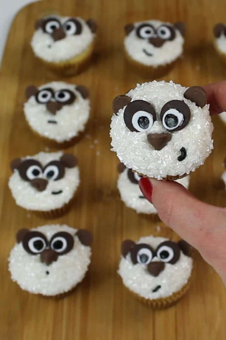 baby panda cupcakes
