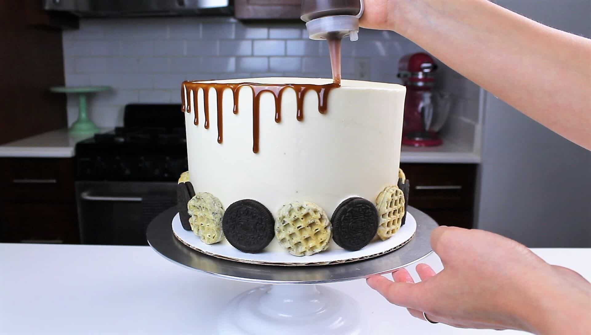 image of adding maple caramel to my cake