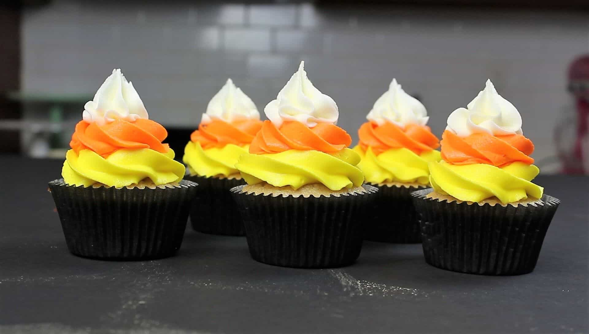photo of chelsweets candy corn cupcakes