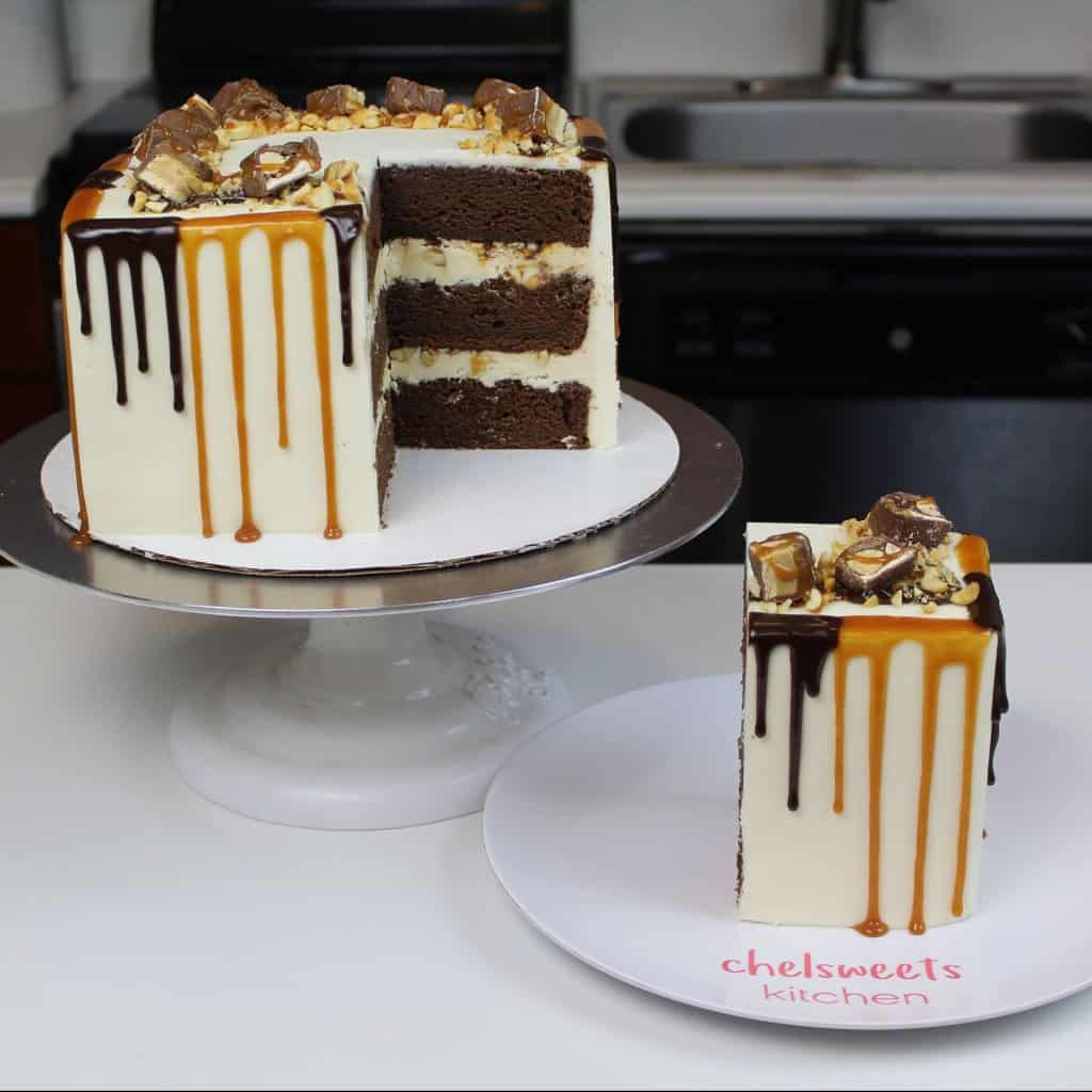 image of snickers Drip Cake