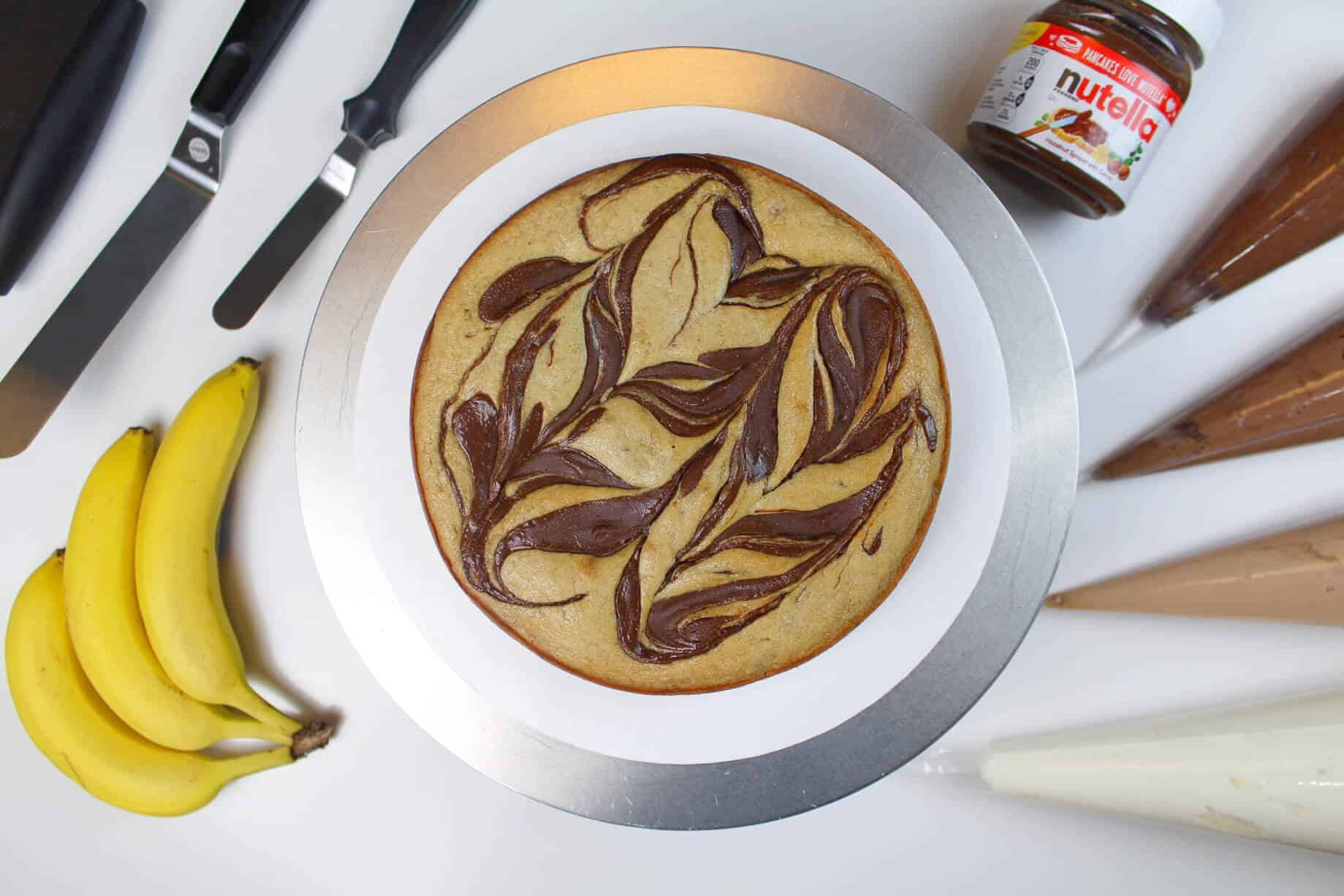 image of a banana nutella cake layer