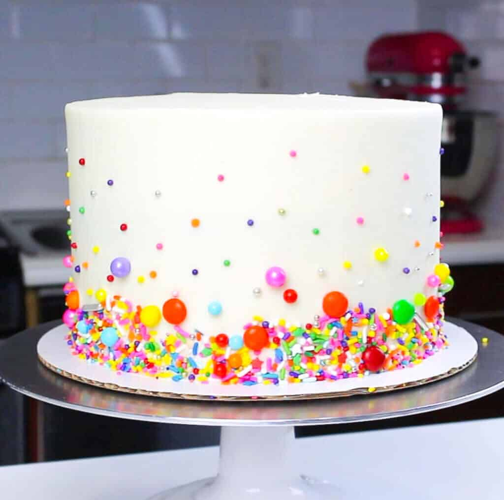 simple funfetti cake with sprinkle decoration