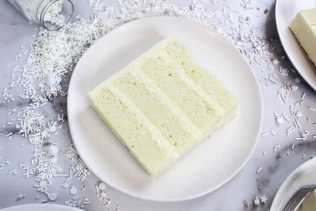 photo of white cake slice