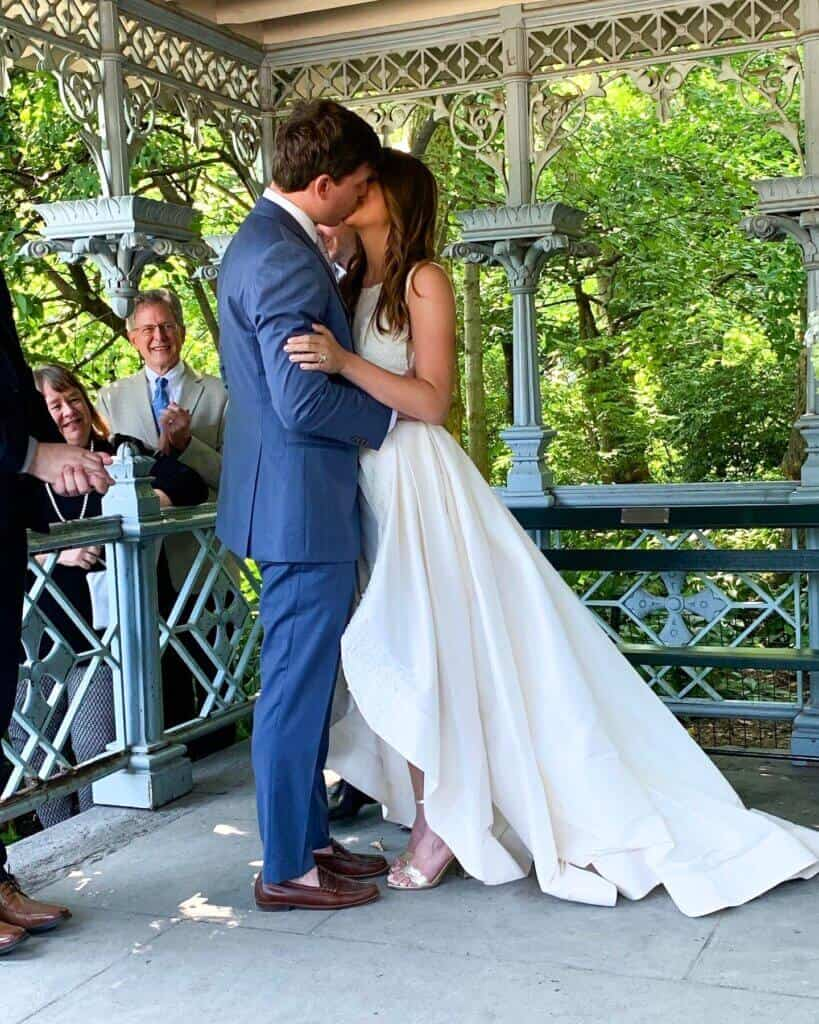 photo of stephen frankola and chelsey White wedding