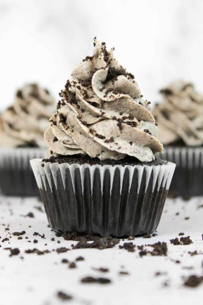 photo of chocolate Oreo cupcake