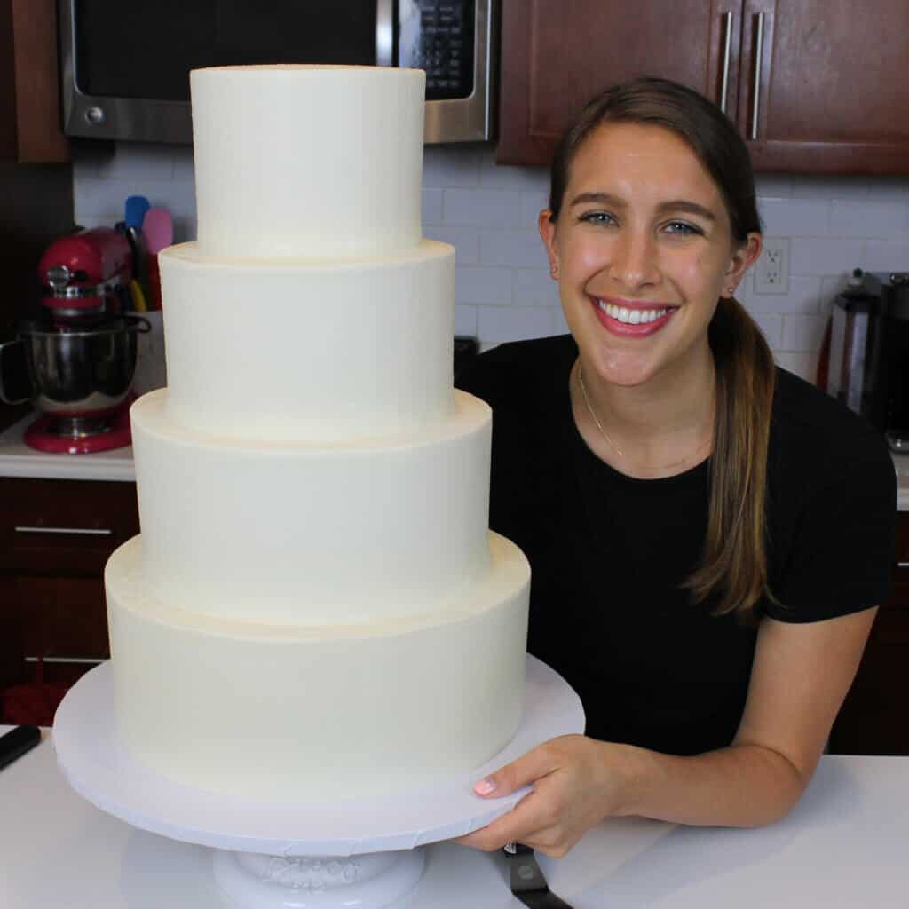 image of assembling a tiered cake and filling in the gaps