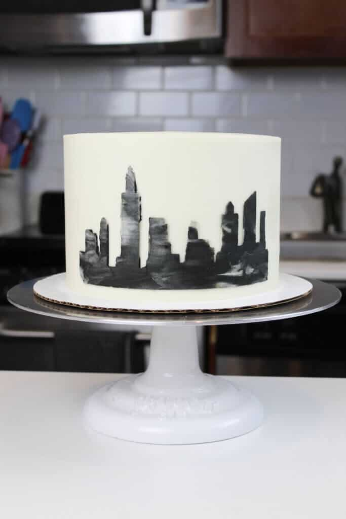 image of NYC skyline cake