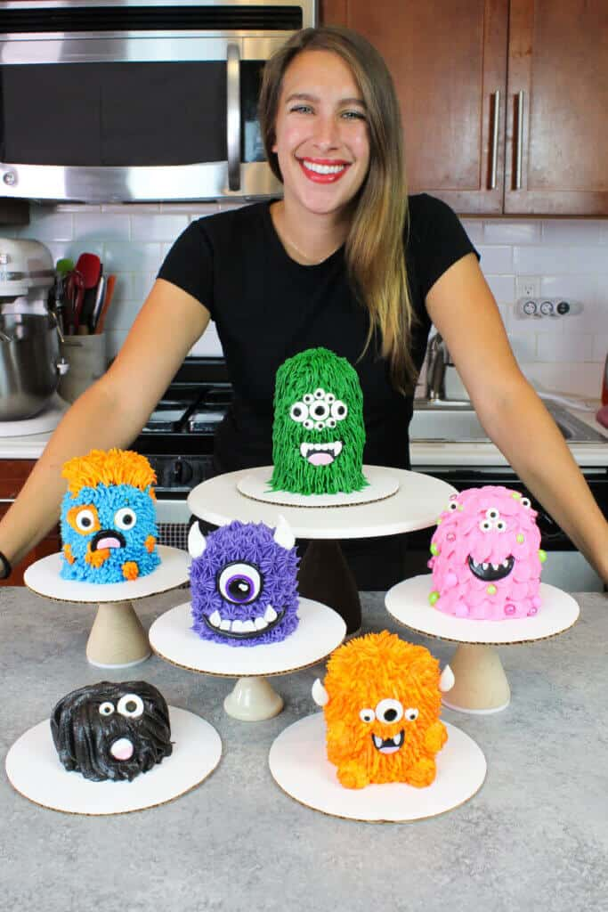image of chelsey white with cute mini monster cakes
