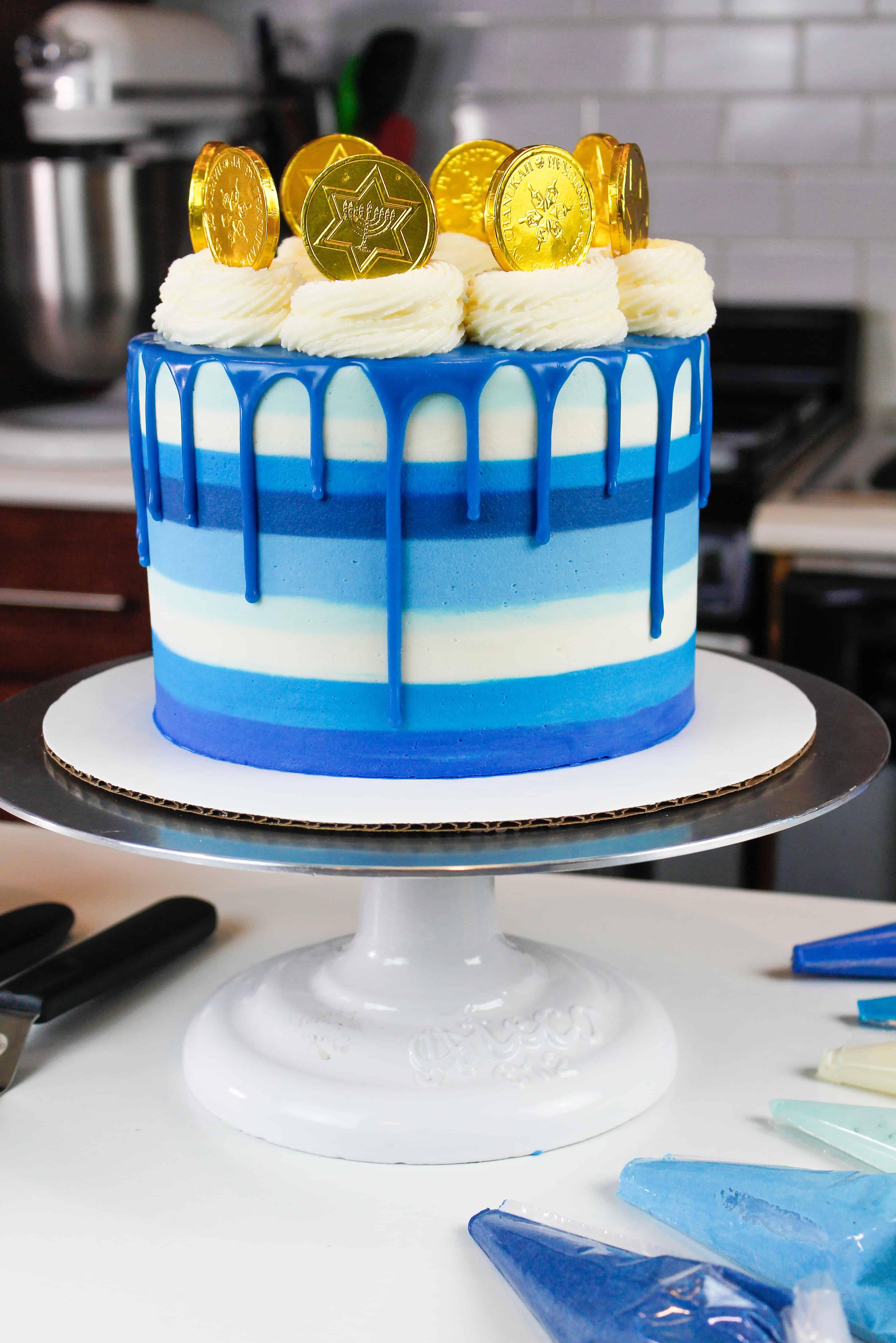 image of hanukkah drip cake