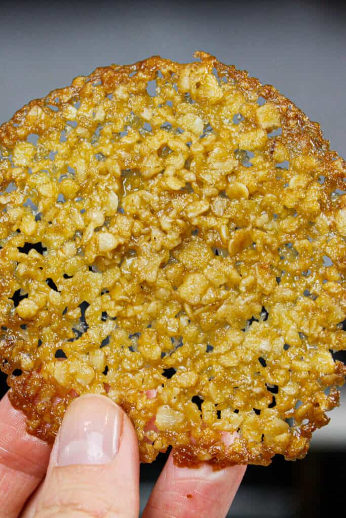 image of oatmeal lace cookie