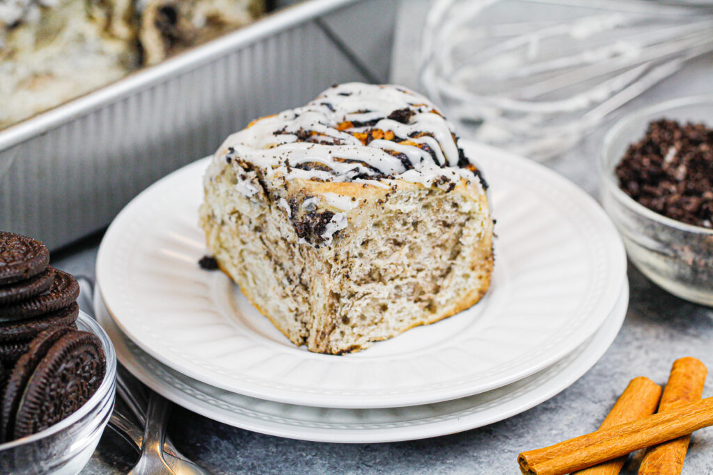 image of cinnamon roll made with oreo filling