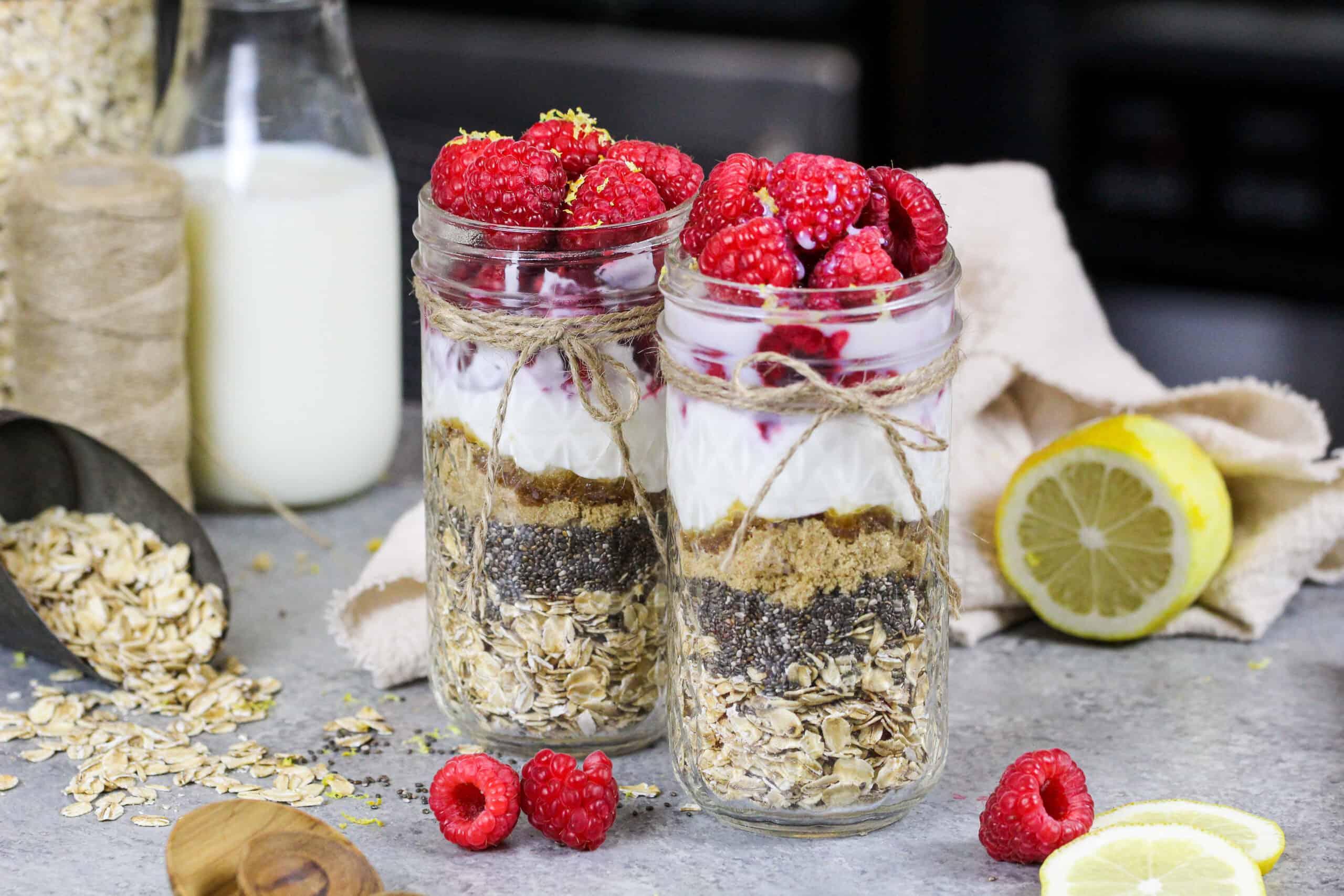 image of tart raspberry overnight oats