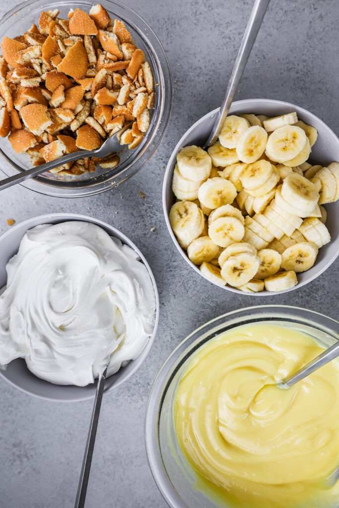 image of ingredients laid out to make a banana pudding trifle