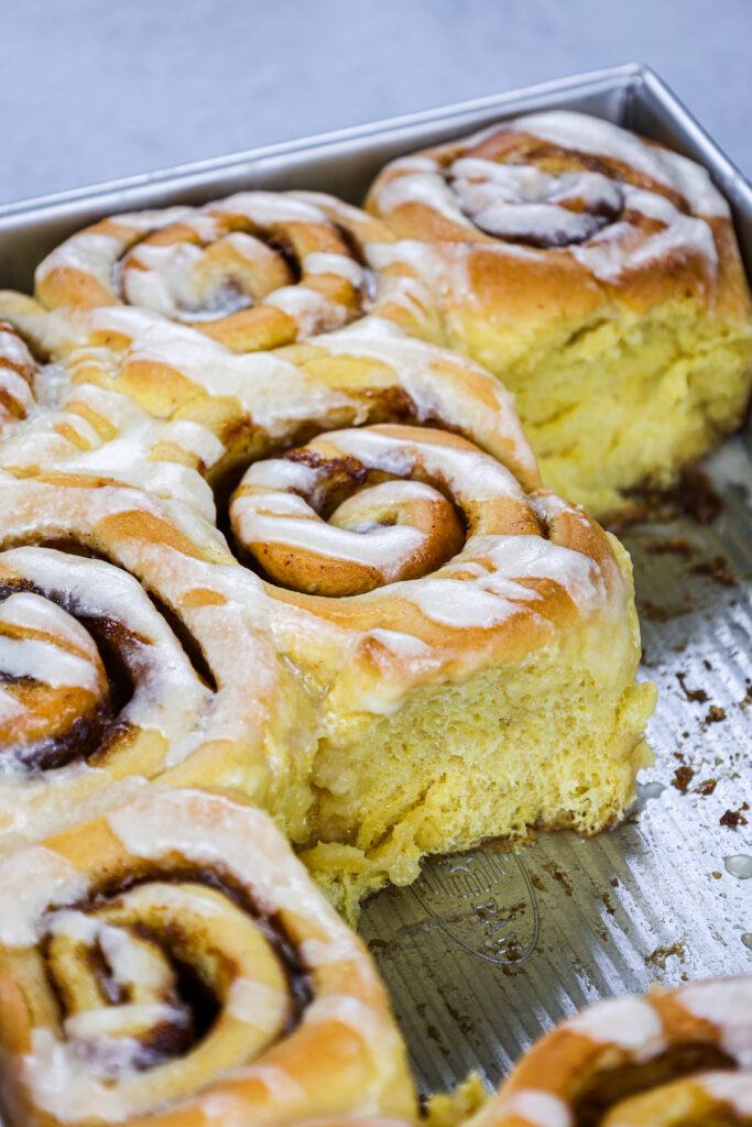 image of pumpkin pie cinnamon rolls